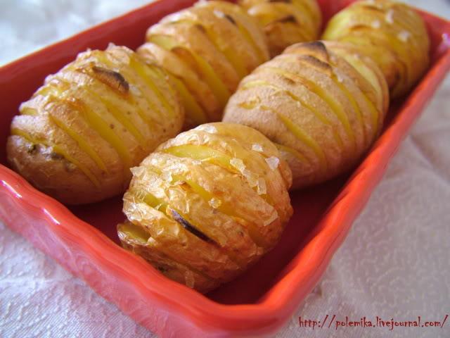 Печёная картошка «веером»